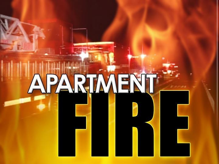 Firefighters put out late night fire at student apartment complex in Greenville (Image 1)_3274