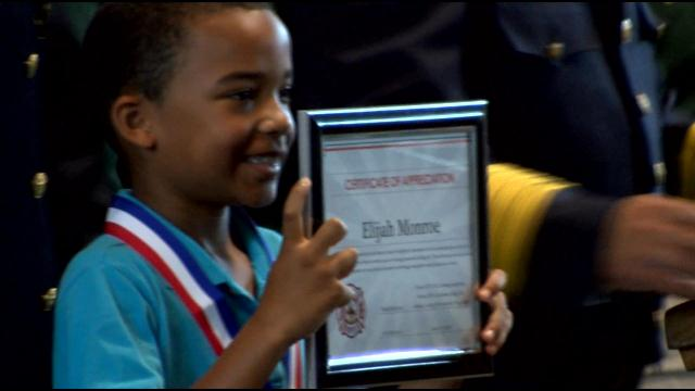 2nd grader hailed as hero after saving sister from fire (Image 1)_3066
