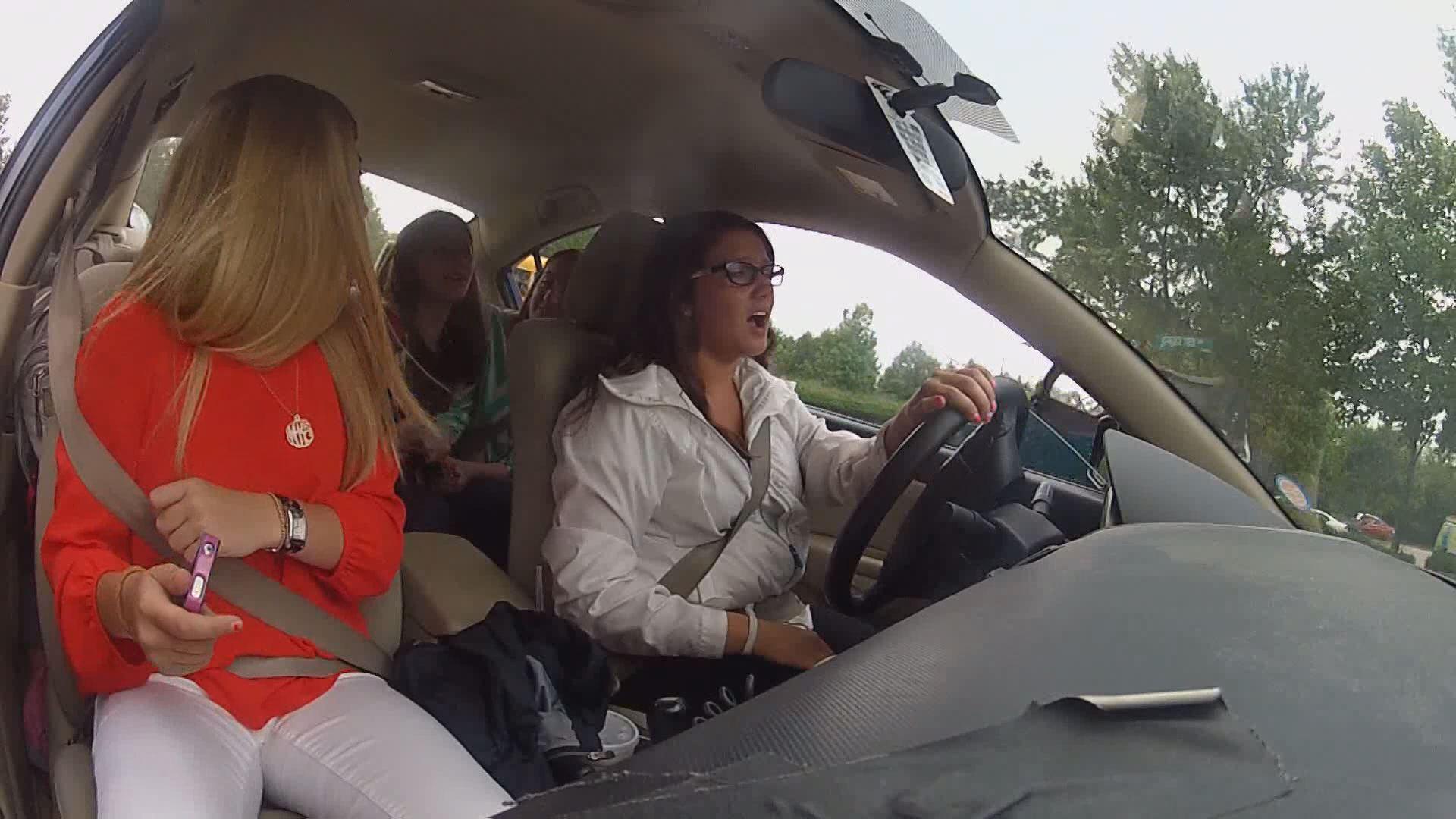 TEEN DRIVING_158712