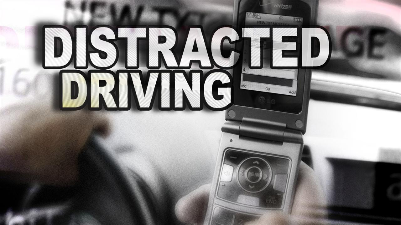 Distracted Driving_195486