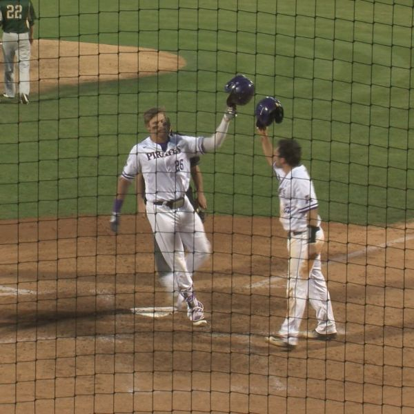 ecu baseball wins jax_189832