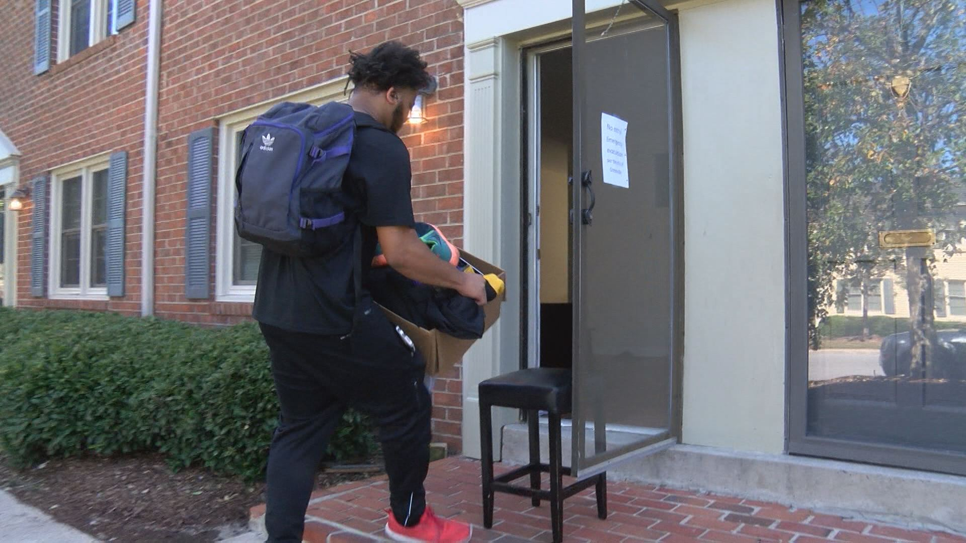 evacuees-move-in-gville_288469