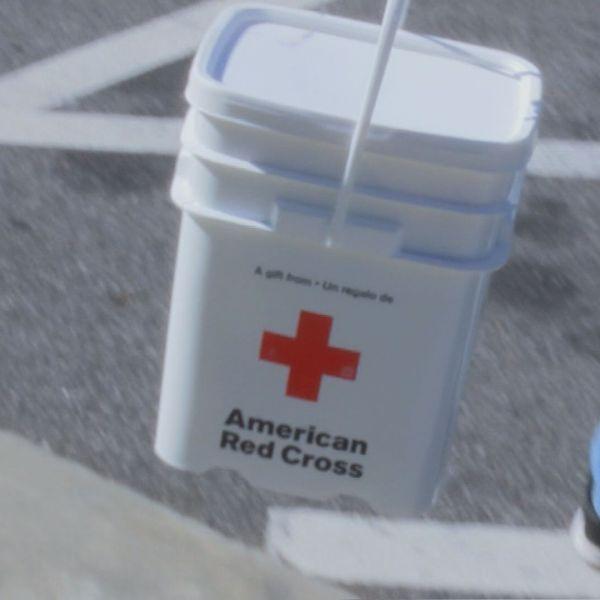 red-cross-kits_290914