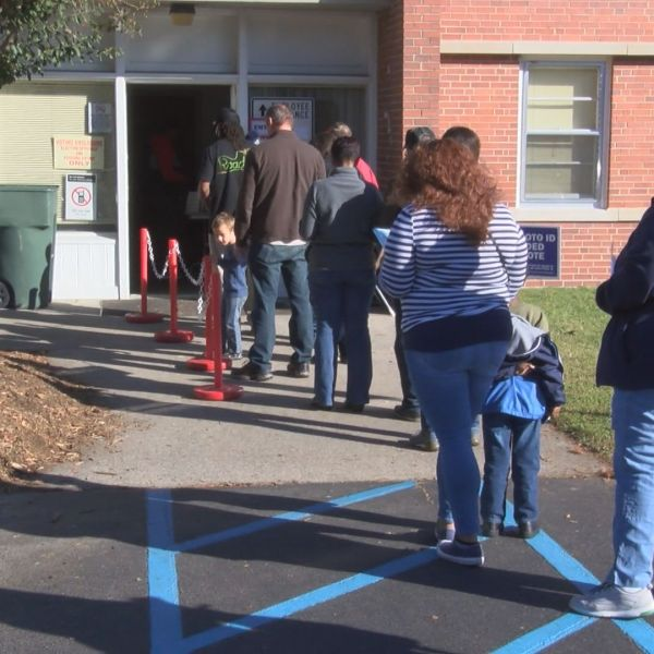 early-voting-jj_299018