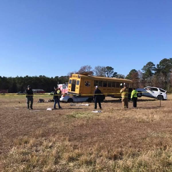 maysville-bus-wreck-dg_308942