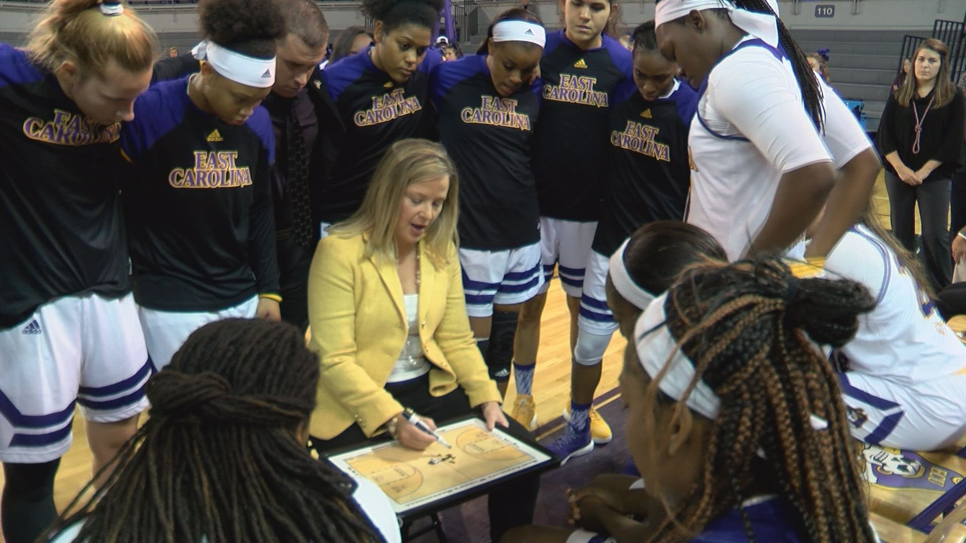 ecu-women-win-sunday_312327