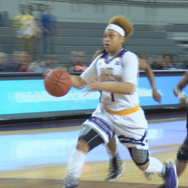 alex-frazier-ecu-womens-basketball_332362