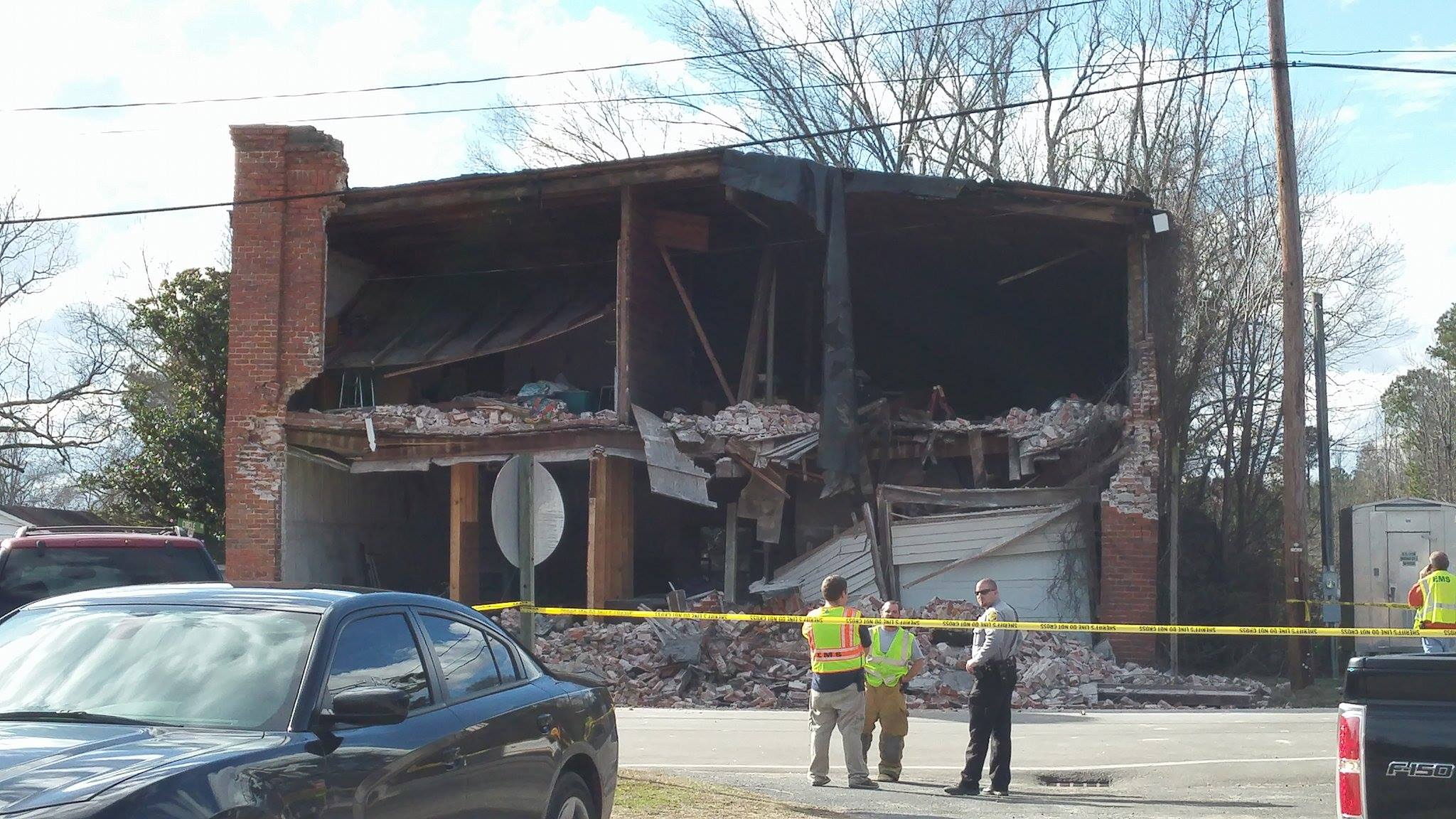 building-collapse_334264