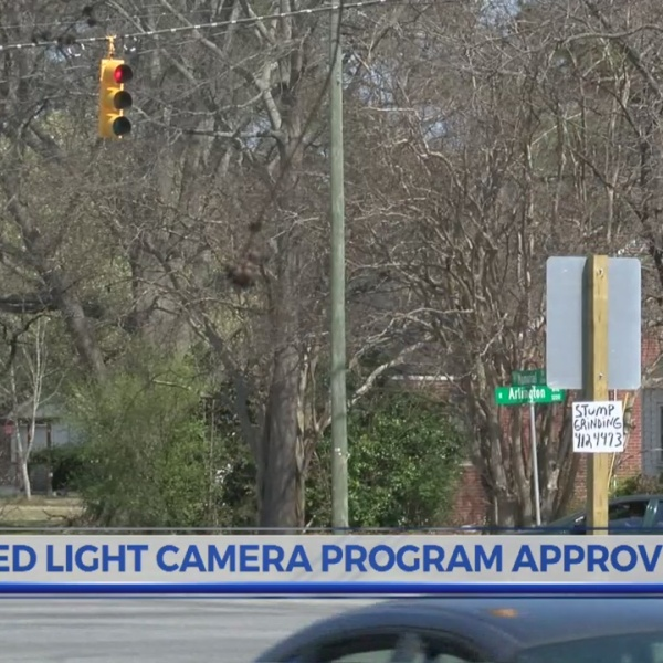 Greenville City Council approves agreement for red light camera program