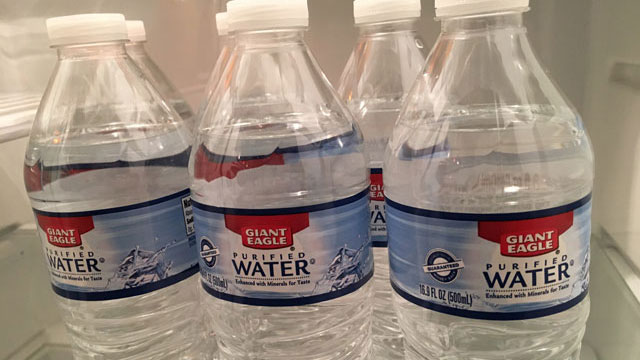 Bottled water_367756