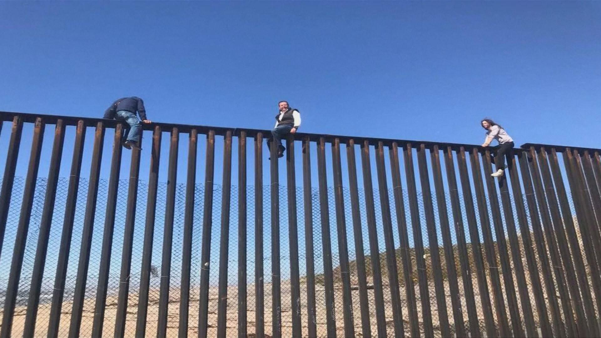 congressman-climbs-wall_362383