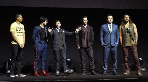 Henry Cavill, Ray Fisher, Jason Mamoa, Ben Affleck, Ezra Miller, Zack Snyder_377706