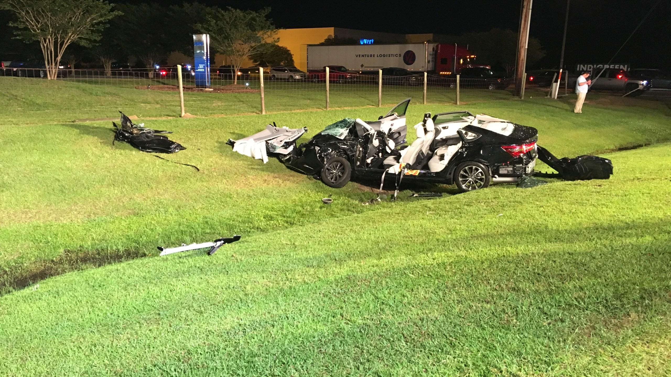 car wreck_410281