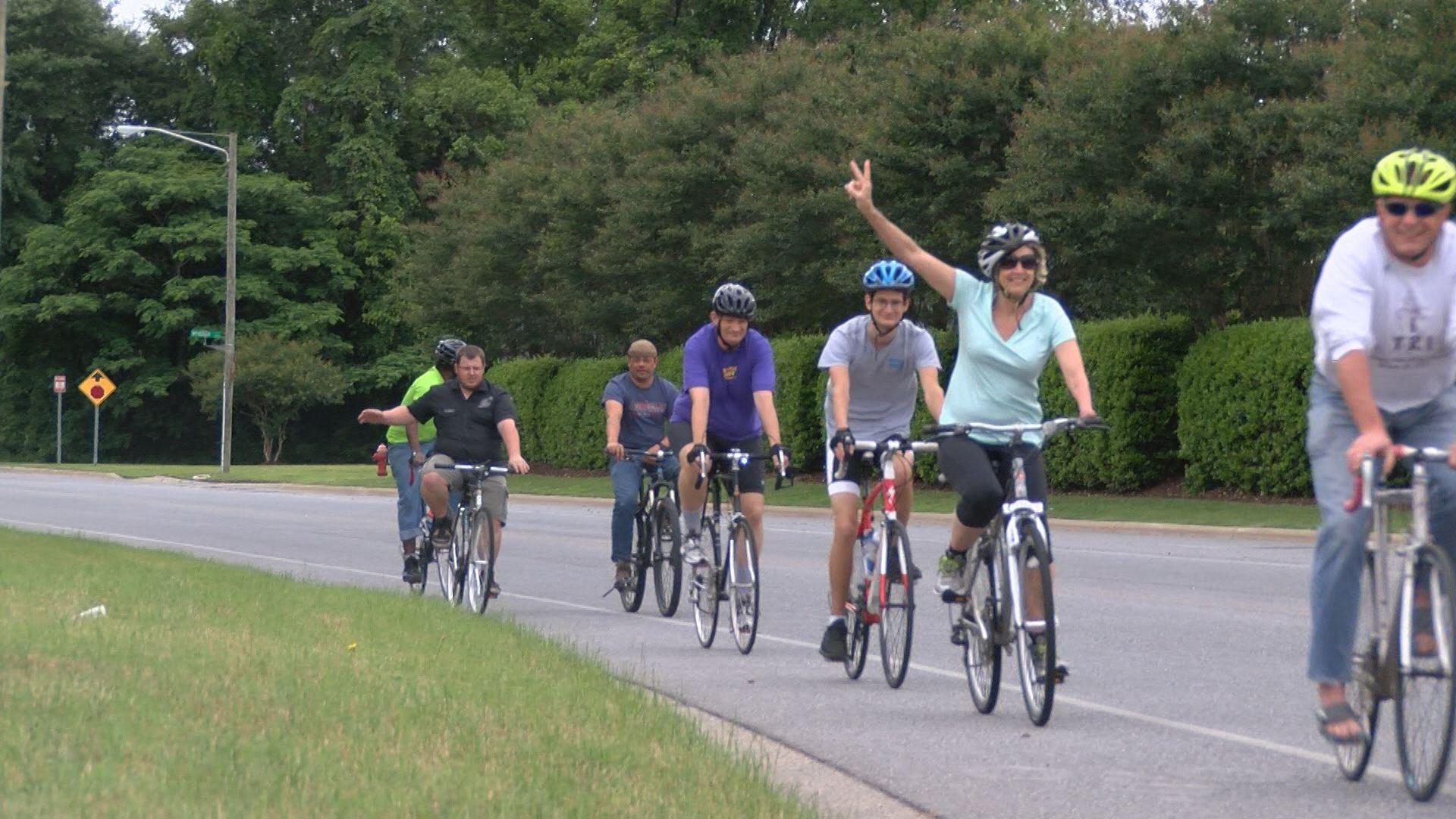 city bike ride_403555