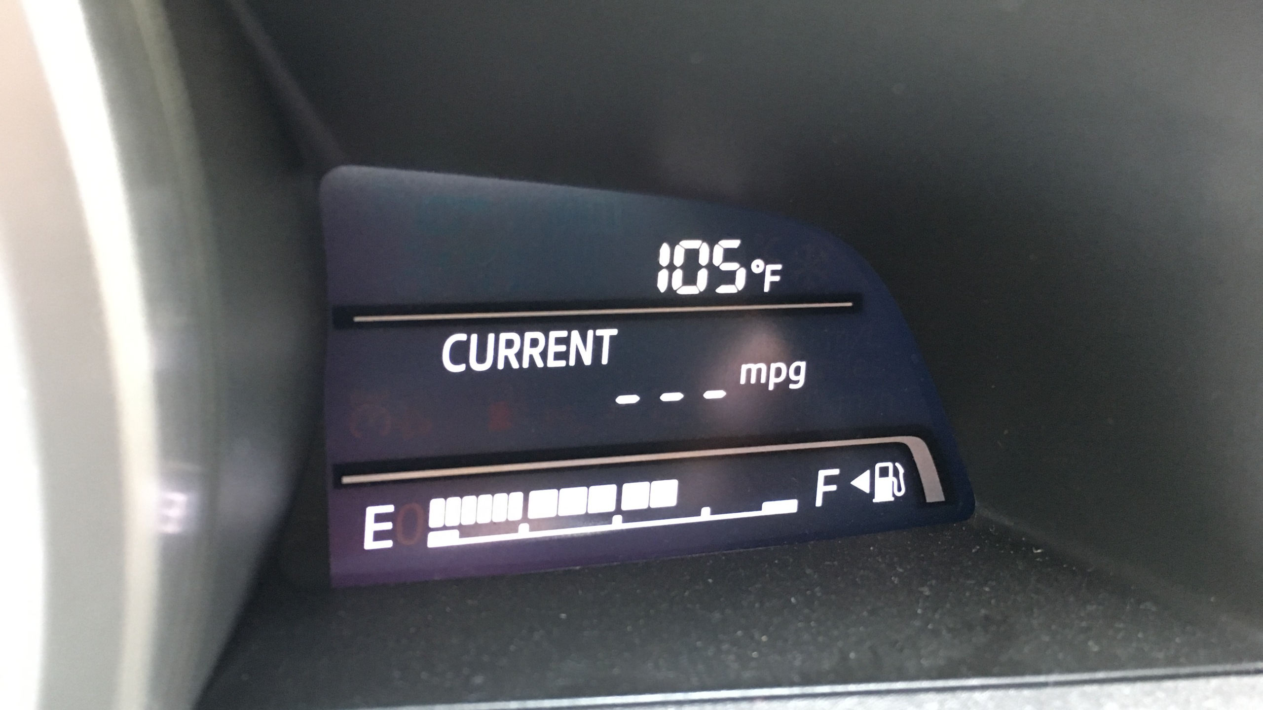car dash temp_442833