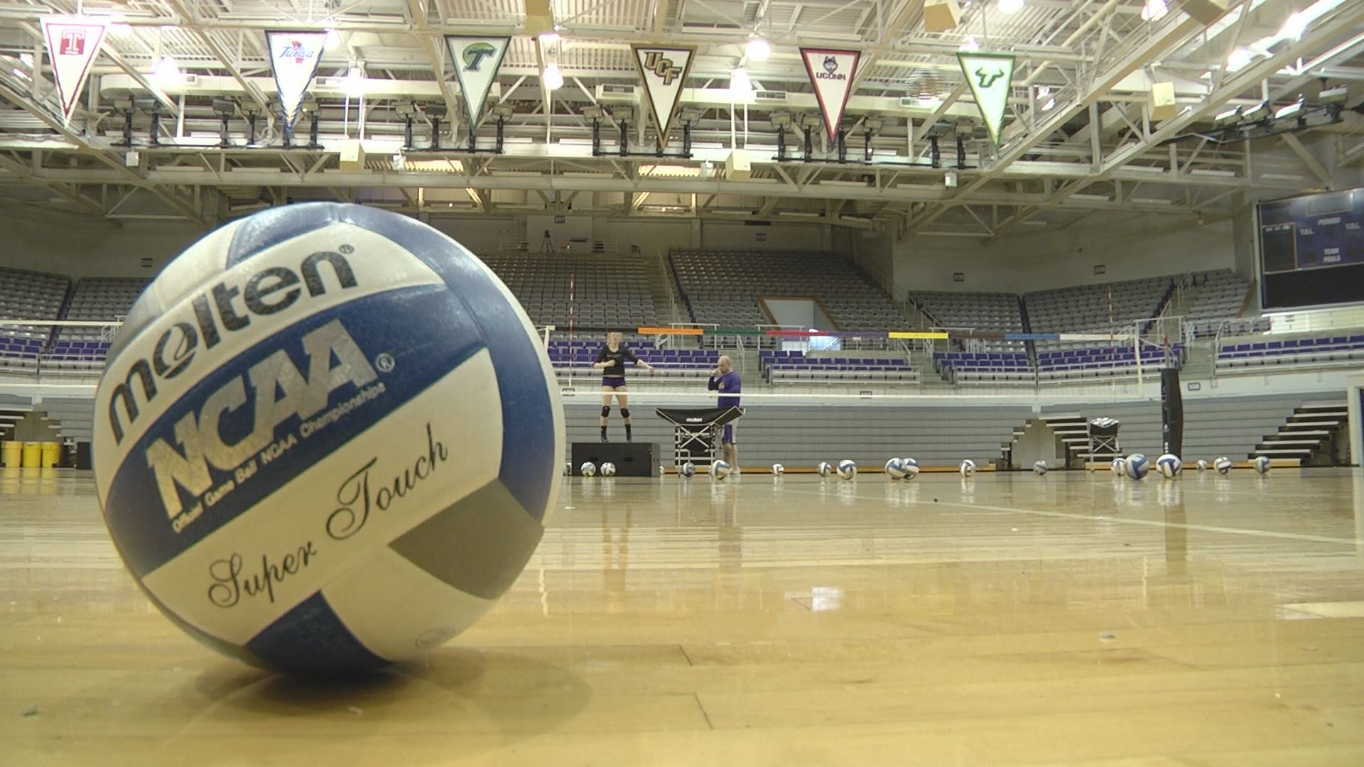 ecu-volleyball_271770