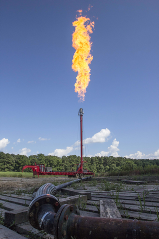 pipeline flaring_519016