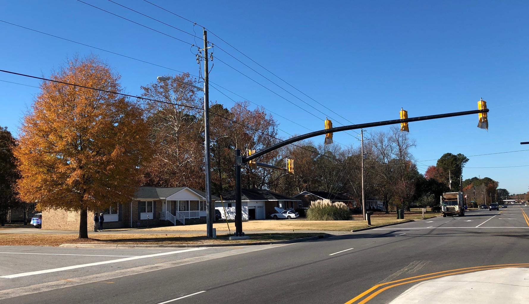 traffic light driveway_517901