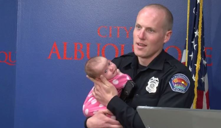 officer-and-baby_527445