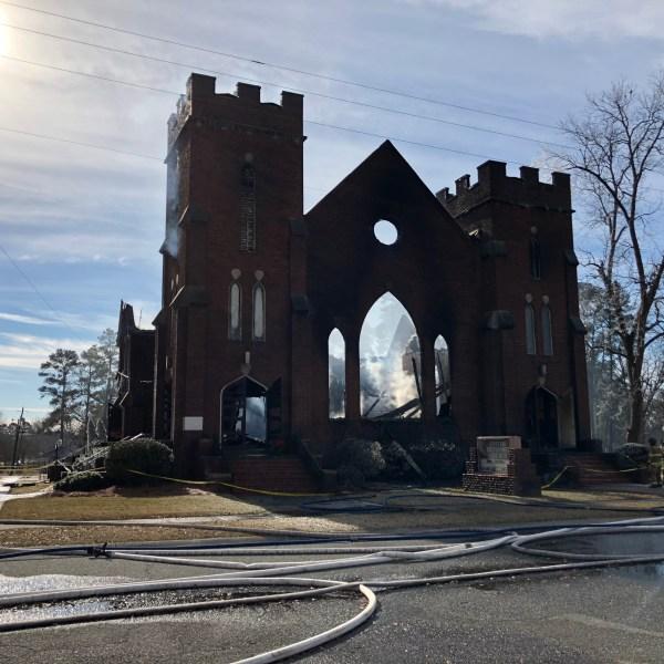 church fire_537283