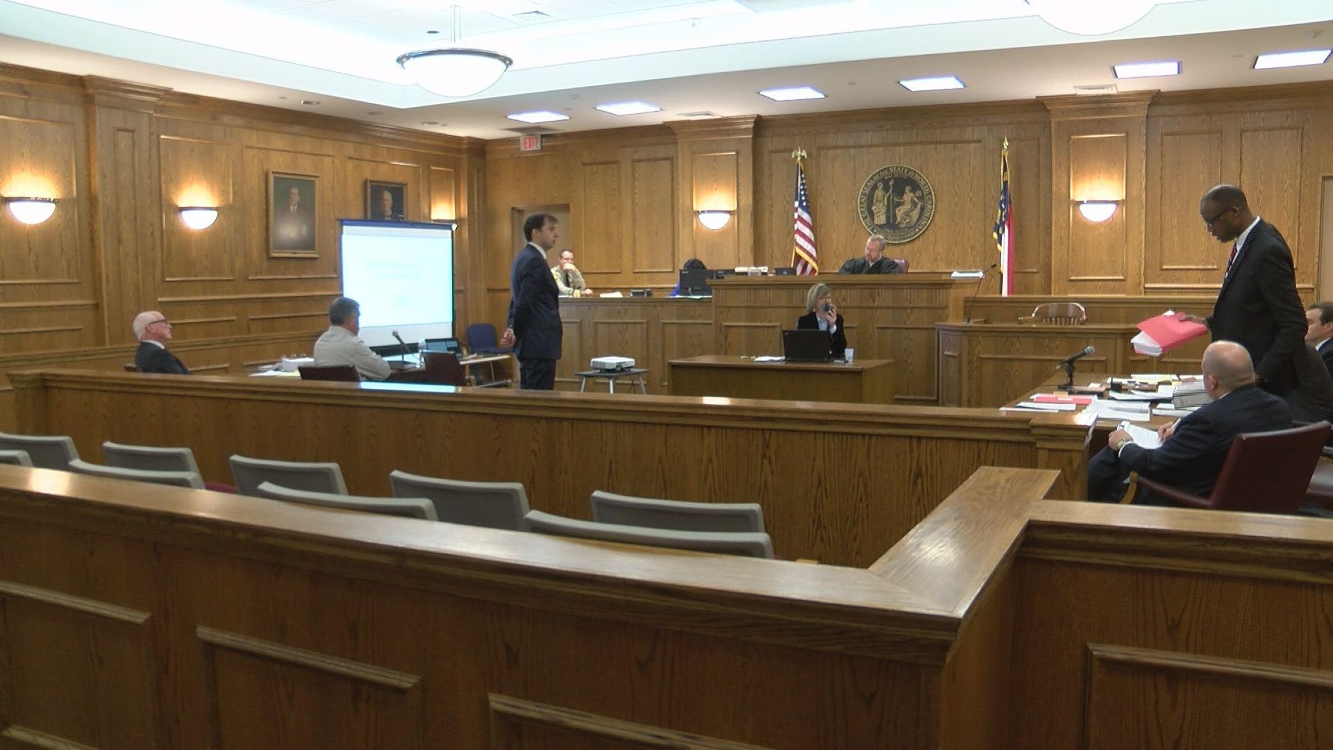 court hearing_549982