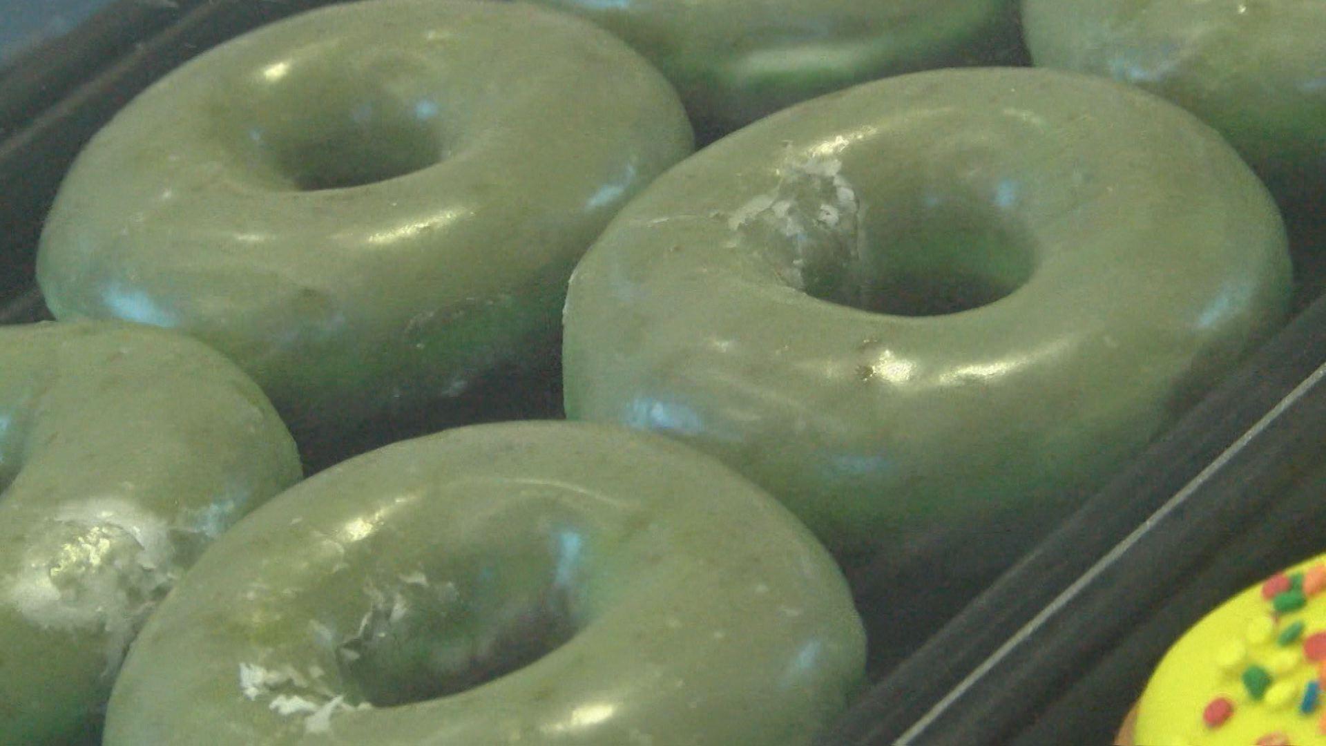 green donuts_584701