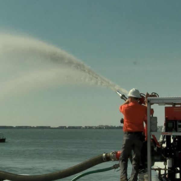 maritime fire fighting_584383