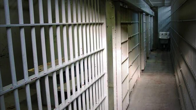 jail-cell_1524490466226_40454314_ver1.0_640_360_1524511247716.jpg