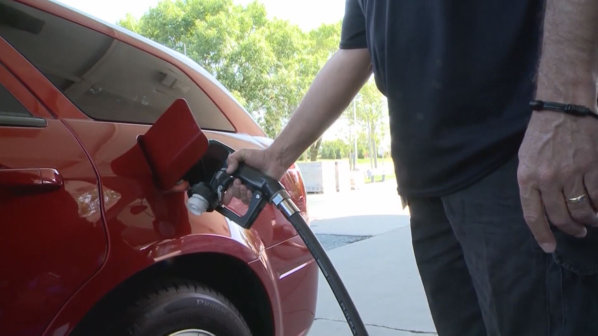 gas pump_1527161676529.jpg.jpg
