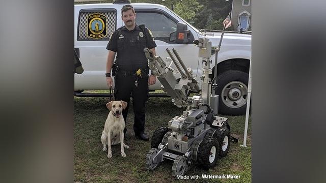 Police Dog Heat Death_1535370585531