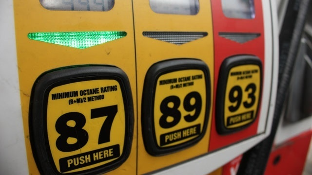 Gas-prices-jpg_157702_ver1.0_39727687_ver1.0_640_360_1538752034832.jpg