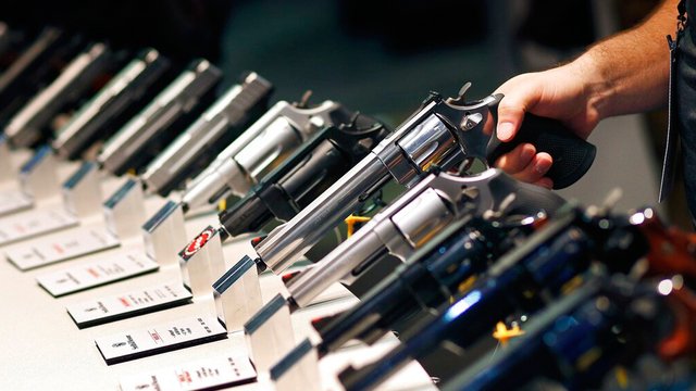 gun sales pistol show_1548155587283.jpg_67975066_ver1.0_640_360_1548160956541.jpg.jpg