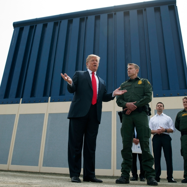 Border_Wall_Prototypes_82765-159532.jpg62156941