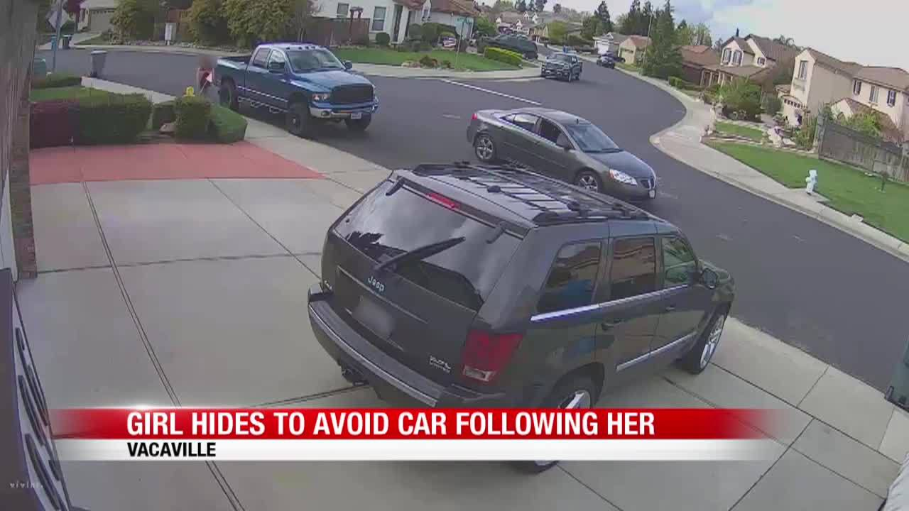 Girl_hides_to_avoid_car_7_20190422141351-846653543