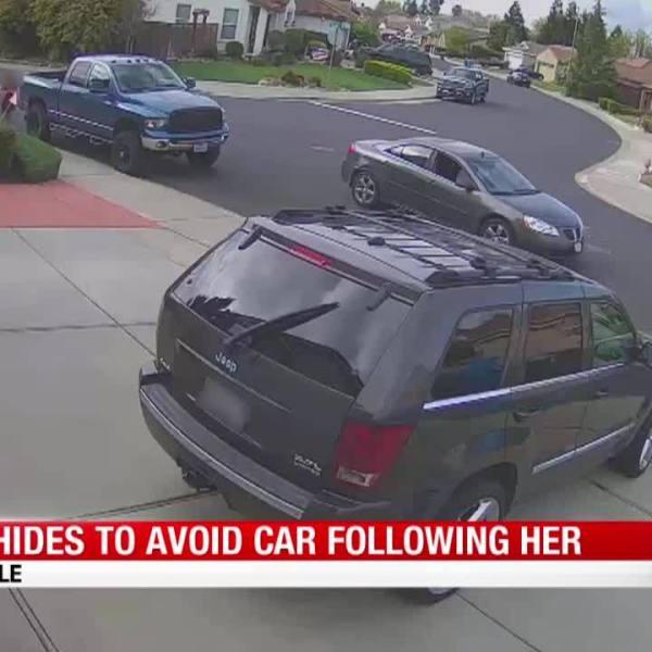 Girl_hides_to_avoid_car_7_20190422141351-846653543
