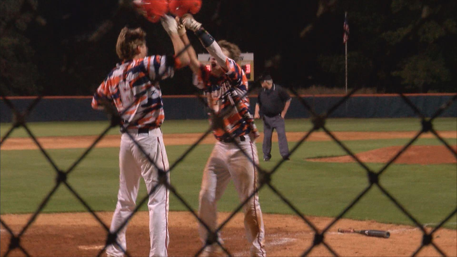 north pitt baseball win_1555553444183.jpg.jpg