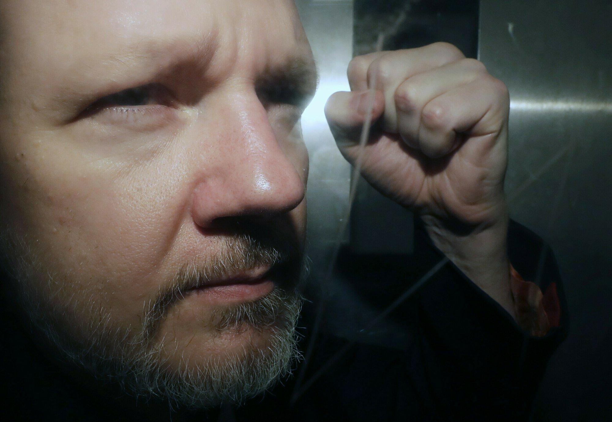 Julian Assange Taken from Court in London