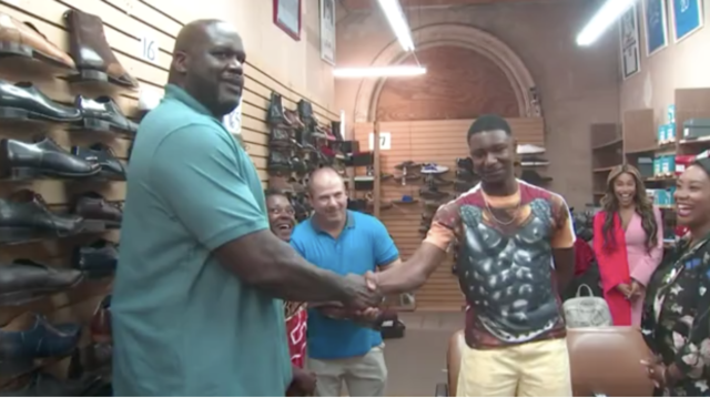 Shaq Buys Teen Shoes 1