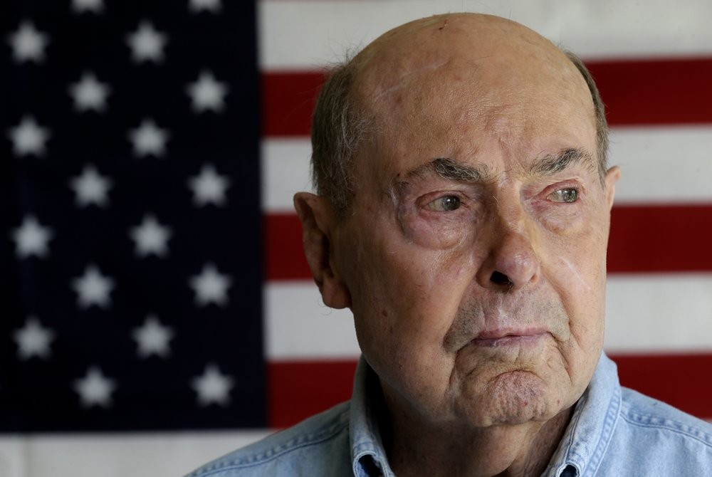 Ray Lambert, D-Day survivor, WWII torch bearer, dies at 100